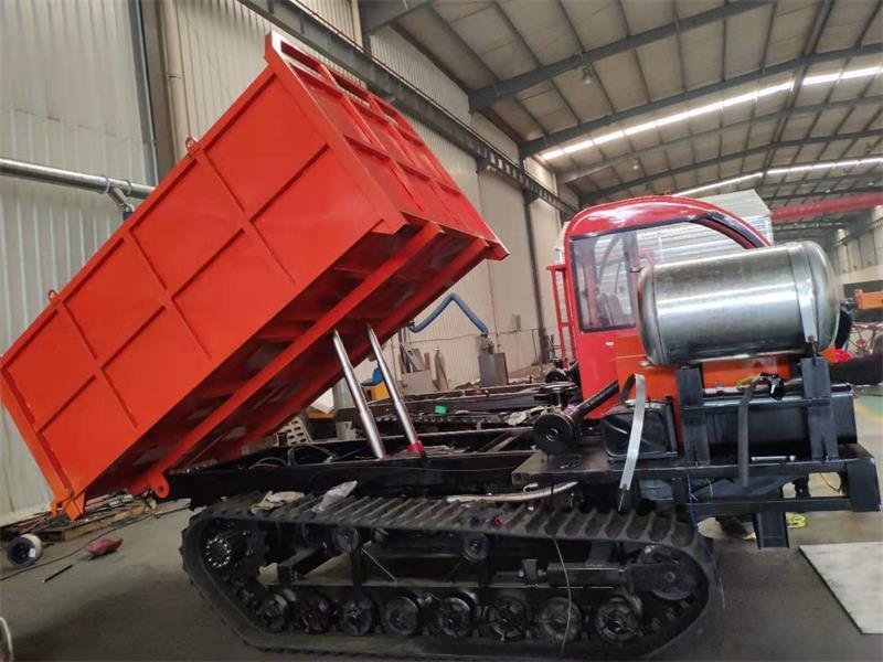 XT-8吨座驾履带运输车