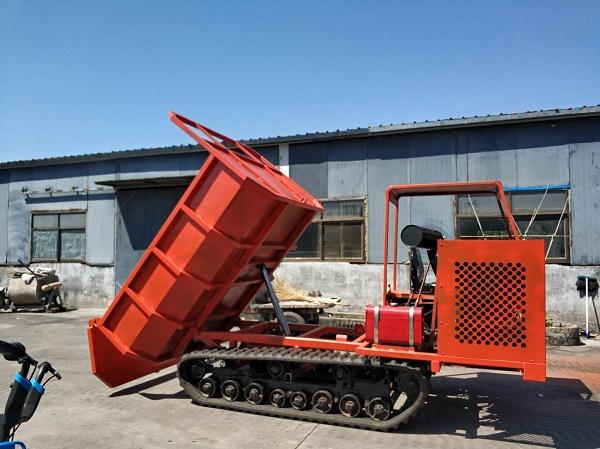 小型农用履带运输车的多种功能